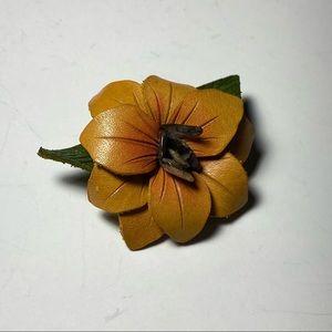 💥3 for $25💥 Vintage Hand-tooled Leather Flower Brooch